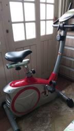 Bicicleta ergométrica semi-profissional