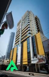 Excelente apartamento com terraço, no Centro de Balneário Camboriú!