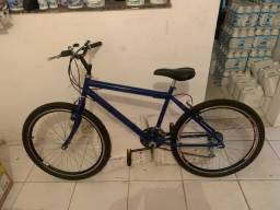 Bike com todos acessórios nunca usada nova demais.