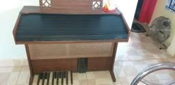Órgão dx-700