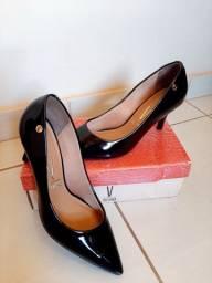 Sapatos e Sandálias Seminovos