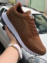 Tênis Nike Marrom (Frete Gratis)