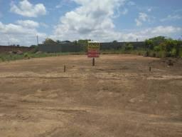 Quero comprar uma casa, tenho um terreno titulado e quitado prq negociar e mais volta.