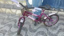 Bicicleta infantil para menina
