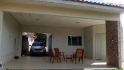 Linda casa em Ji-Paraná semimobiliada