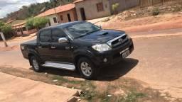 Vendo Hilux SRV - 2010