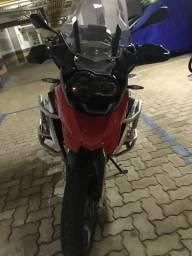 Moto com baixa KM, usada apenas para lazer nos fds, nada pra fazer!!!Linha Premium! - 2013