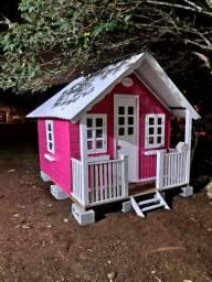 Casinha de boneca modelo mansão