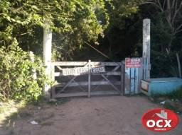 Aluga- se Sítio na Ponta da Fruta Comercial ou Residencial