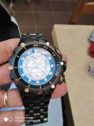 Relógio invicta modelo VENON. para vender está semana  relógio sem uso novo 900,00 reais