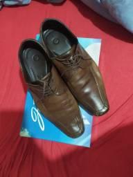 Sapato Social de Couro Legítimo número 43