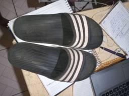 Sandália adidas apenas r$ 20