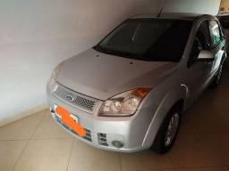 Ford Fiesta 1.6 completo 2008