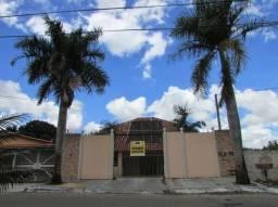 Casa sobrado com 5 quartos - Bairro Vila Santa Rita em Goiânia