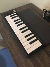 Akai Lpk 25 Controladora MIDI aceito cartão