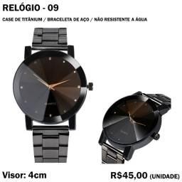Relógio de Metal - Modelo 09