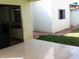 Casa de 4 Quartos Jardim Adriana
