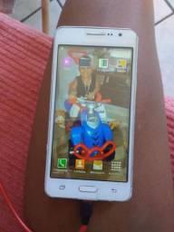 Vende-se um celular Samsung Galaxy Dois chip esta em perfeito estado película de vidro
