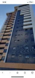 Alugo excelente apartamento no bairro da Prata