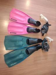 Kit com 2 snorkel e 2 pé de pato
