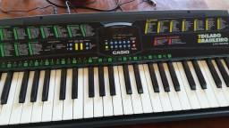 teclado semi profissional da marca cassio