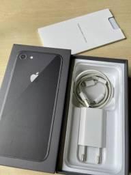 iPhone 8 64GB - c/nf