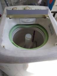 Máquina de lavar 600,00