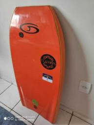 Bodyboard e pé de pato (GENESIS)