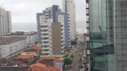 Apartamento 2 dormitórios no Jardim Guilhermina em Praia Grande