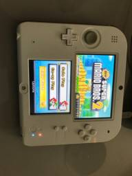 Nintendo 2ds New S Mário Bross 2 + 2 Cartuchos + Acessórios
