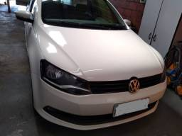 VW Voyage Confortline 1.6 2015