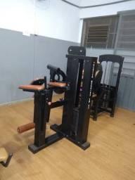 Lote de aparelhos de musculação