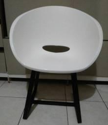 Cadeira com base de Metalon pintura industrial (Leia a descrição por favor)