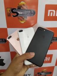 IPhone 7 plus 32gb preto e gold semi novo