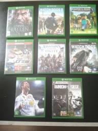 Vendo jogos de Xbox One.
