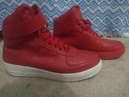Jordan vermelho