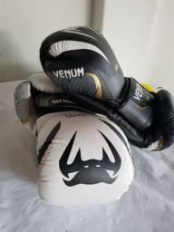 02 Luvas Venum New Elite BR 2.0