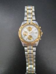 Relógio Seiko original detalhes em ouro