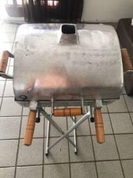 Churrasqueira Alumínio + base de apoio