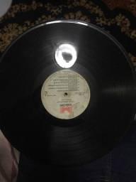 Vendo 18 discos antigos