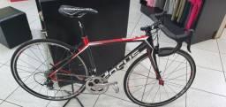 Bicicleta Focus cayo tamanho XS carbono
