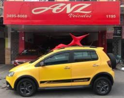 VW Crossfox 2011 1.6 Financio ate sem entrada!