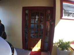 Casa Itaguá,R.Taubaté,3dorm,3wc,Jardinada,Churr,Amplo esp.para Pisc,Vaga p/4 veic.+,Padari