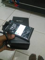 Vendo Blackberry priv 400 reais 988341268