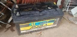 Bateria Moura Prata 200Ah estourada
