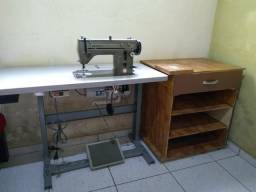 Máquina de costura+armarinho