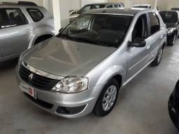 Renault Logan 2011 completo - 2011