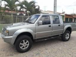 Pickup Mitsubishi L200 - Completa - 2002