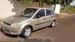 Fiesta Sedan 2004/2005 Básico