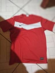 Camisa original da Nike por apenas r$ 30 aproveite